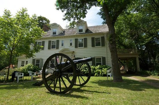 The Prospect House and Civil War Museum
