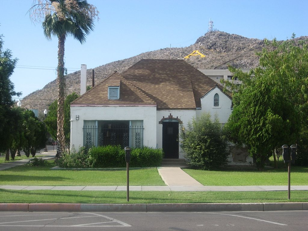 "Harrington-Birchett House as of 2009. Tempe Butte/""A"" Mountain sits in background."