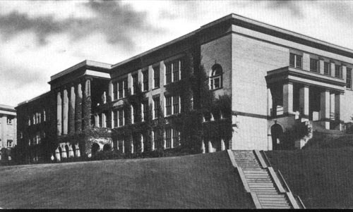 Kent Building, 1920s. Courtesy of Kent State University Libraries, Archives and Special Collections.