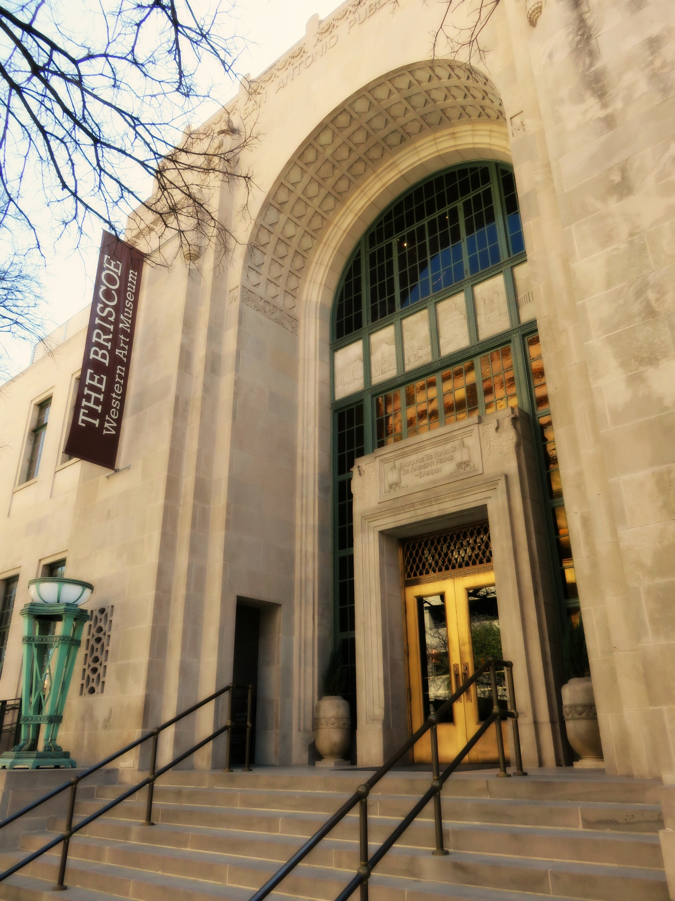 Briscoe Western Art Museum Entrance (Photo courtesy of the Briscoe Western Art Museum)