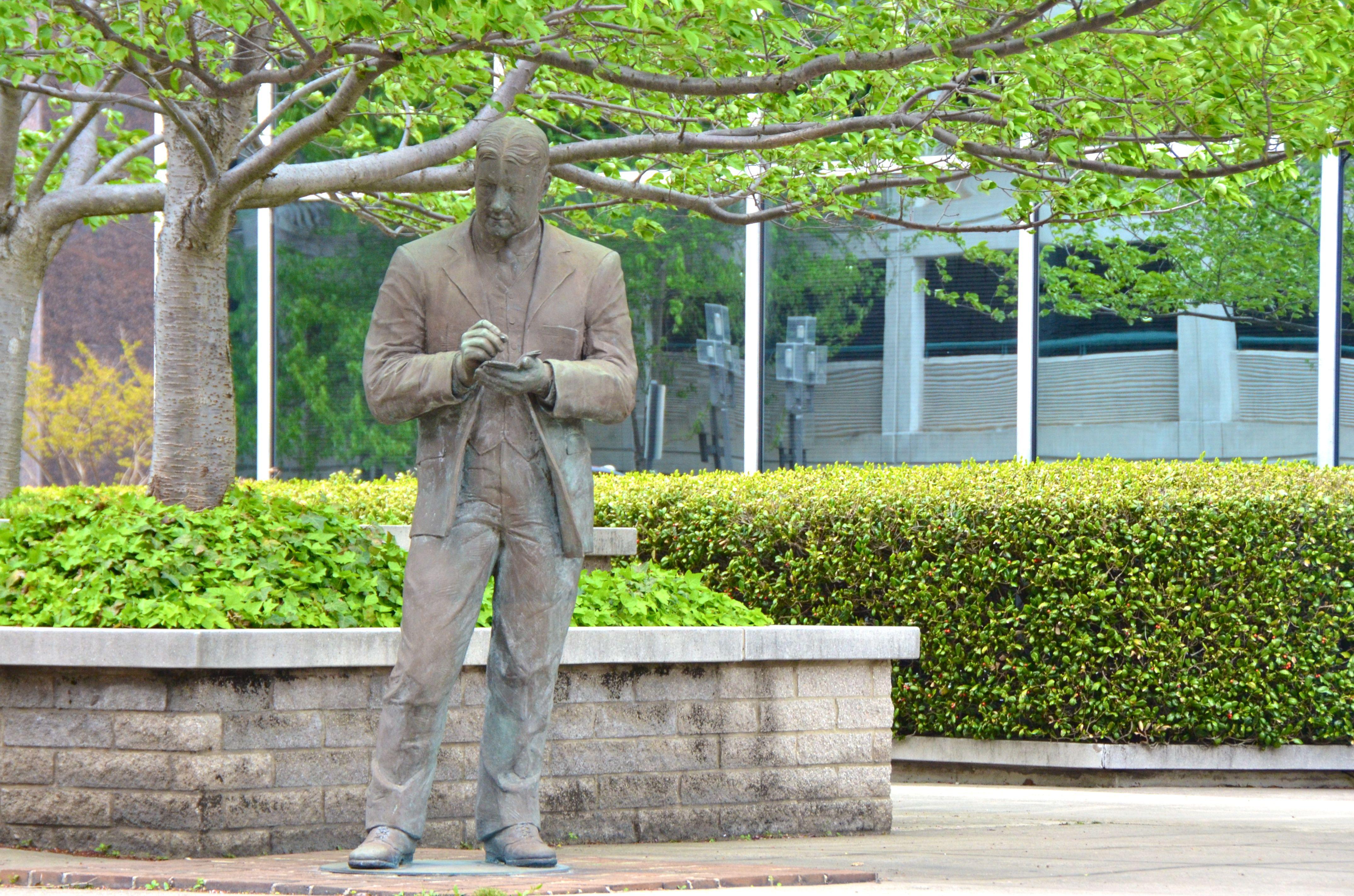 O. Henry Statue