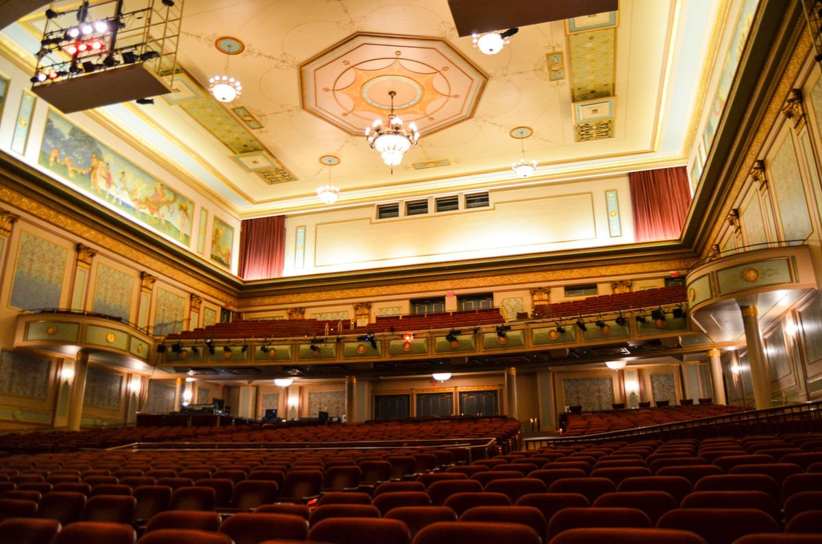 The main theater went through a major renovation in 2003.
