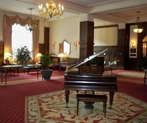 This lobby piano was just one of hundreds of items auctioned off in 2017.