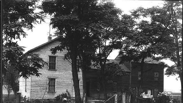 The Joseph Smith Home in 1907. It was destroyed by a fire in 1919.