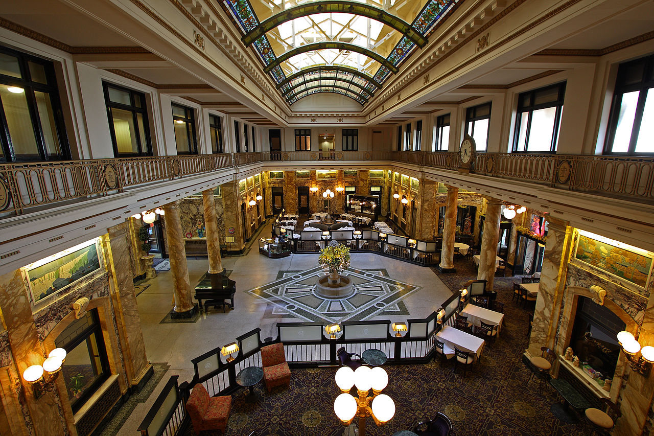 Grand Lobby of Radisson hotel