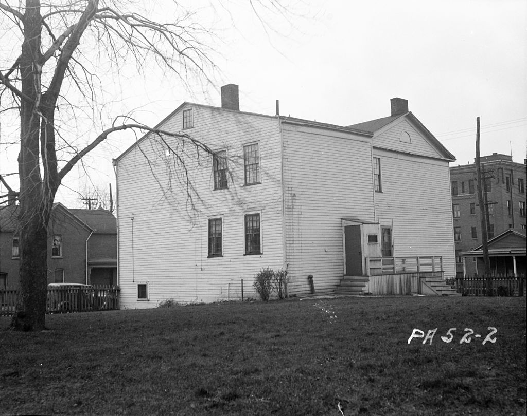 Dickson Tavern as it appeared in 1936