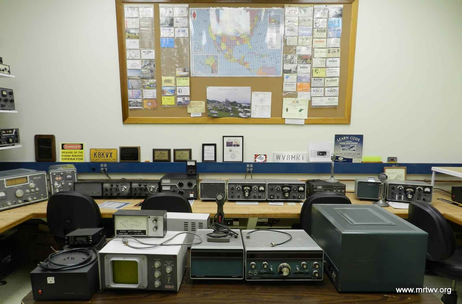The museum includes a fully functioning HAM radio set, available for anyone with a amateur radio license to use. Image obtained from the Museum of Radio and Technology.