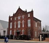 Hiram Masonic Lodge No. 7 was built in 1823 and is home to the oldest operating Masonic lodge in the state (the lodge itself was founded in 1807).
