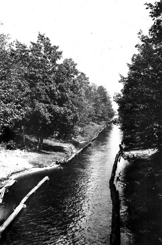 Canal in about 1880