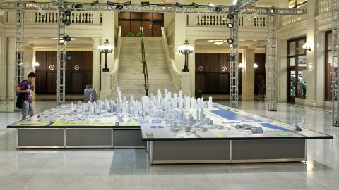 This model of the city was created in 2009. It includes a thousand buildings representing four hundred city blocks.