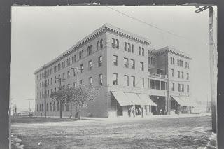 Lorenz hotel building (1911)