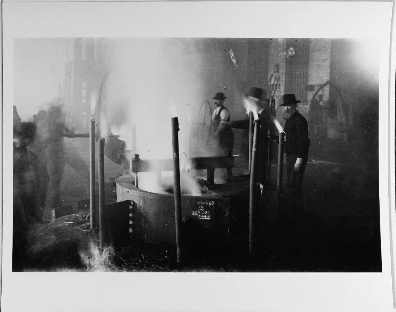 Mare Island workers cast a steel propeller, 1918. As one of the largest Navy shipyards on the West Coast, Mare Island needed to be able to fabricate a wide variety of parts to repair ships. NHHC.