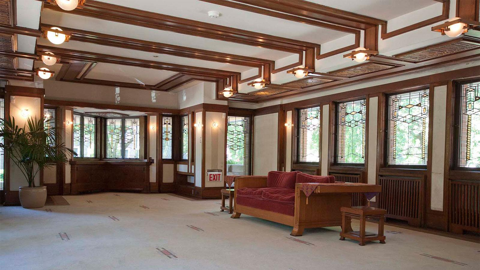 Wide open spaces and large windows defined the Robie House, as well as the Prairie School of Architecture.