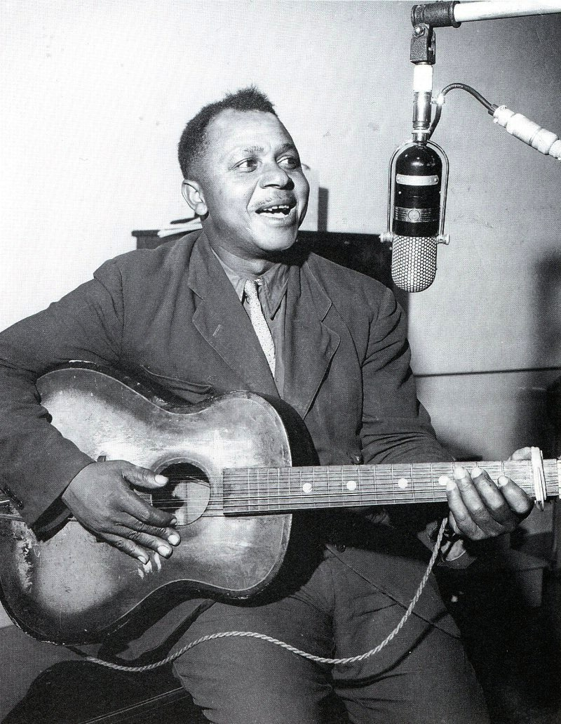 Legendary Big Joe Williams, one of the Mississippians to become famous in Chicago, recording