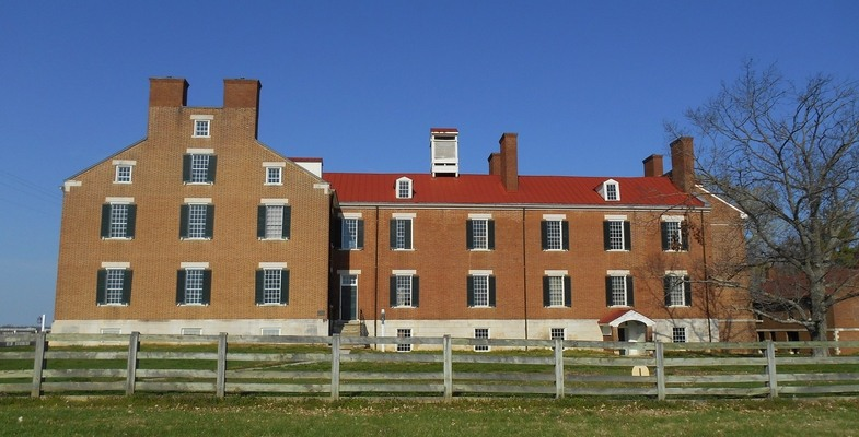 The 1824 Centre House/Shaker Museum