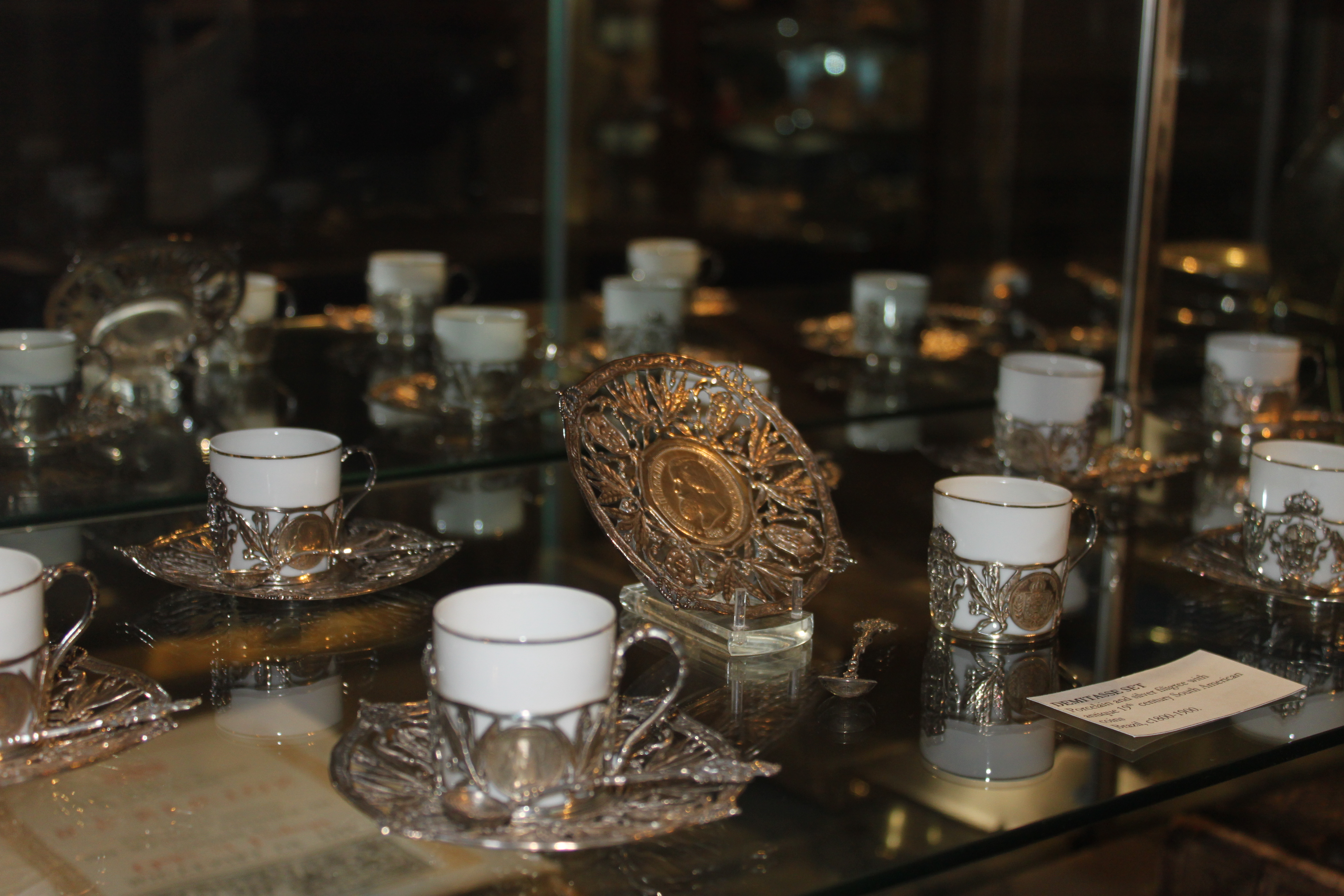 A Brazilian demitasse set made of silver include Brazilian coins no longer minted in each piece represents the Newton's time in Brazil. Bert received the Order of the Southern Cross from the Brazilian foreign minister and the Order of the Lion of Finland from the Brazilian President.