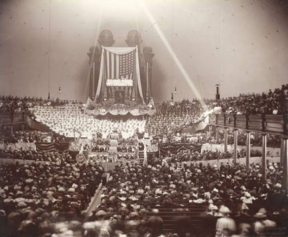Funeral services of President Wilford Woodruff in the Salt Lake Tabernacle, September 8, 1898. Courtesy of Church History Library, Salt Lake City.