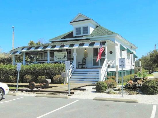 The Myers Cottage built in 1907, now serves as the home of the Wrightsville Beach Museum of History. It's doors were opened to the public in 1996.