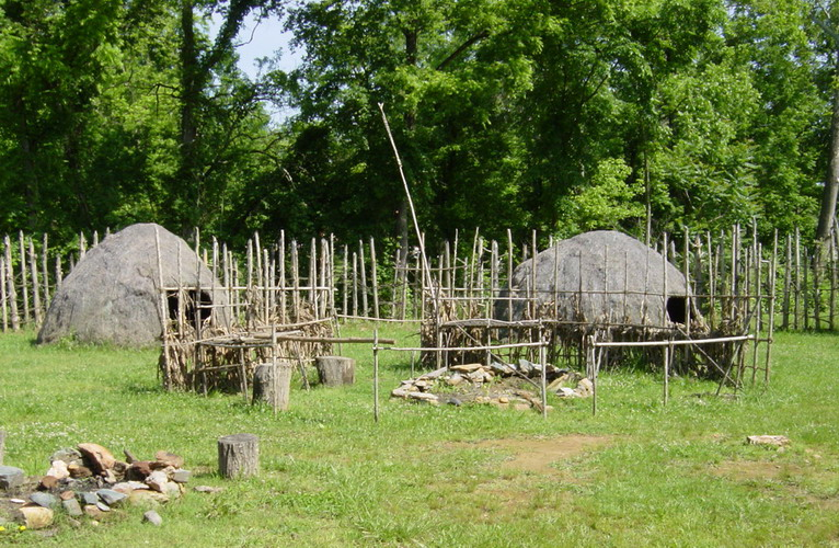 When excavating, archaeologist from the University of North Carolina found a small village consisting of about twelve wigwam houses. Two of these wigwam houses were recreated for the current Occaneechi Village.