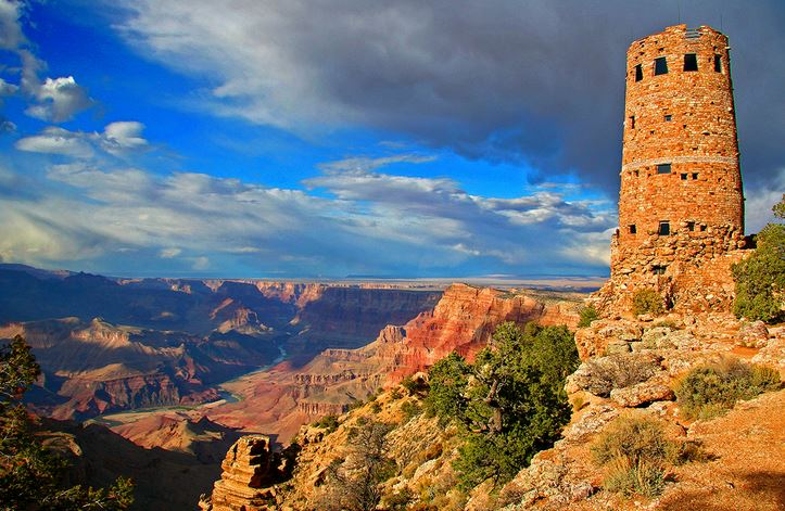 The tower gives amazing views of the Grand Canyon.