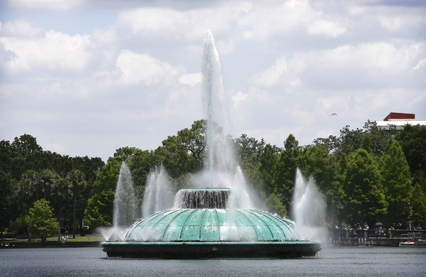 Popularly known as the Lake Eola Fountain, this is one of the iconic images of the city of Orlando.