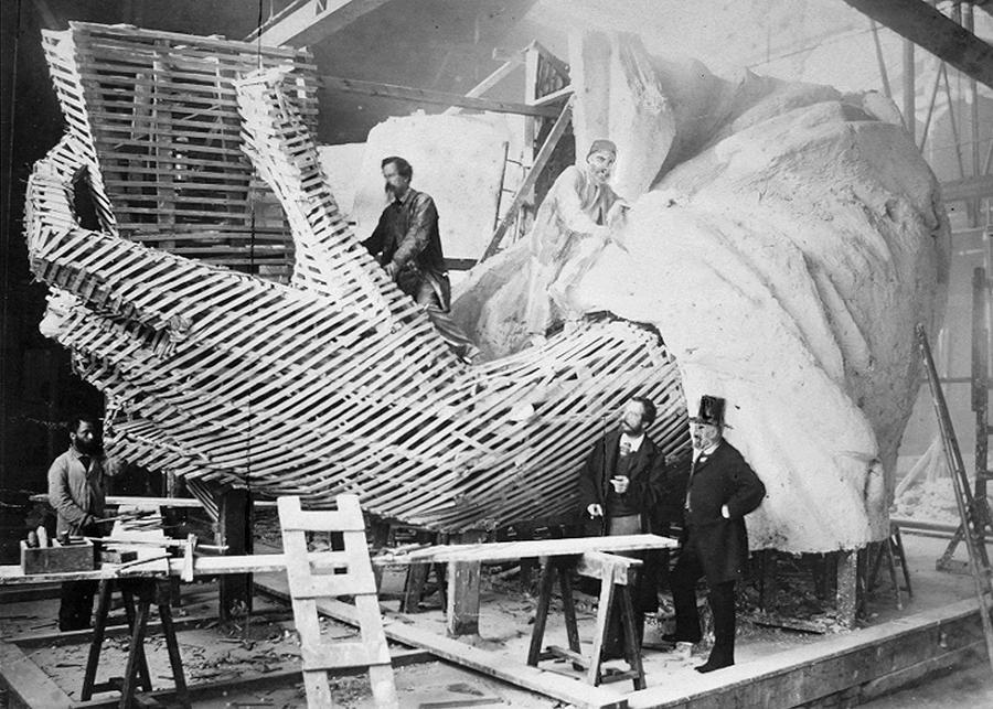 Construction of the Statue of Liberty's arm in France