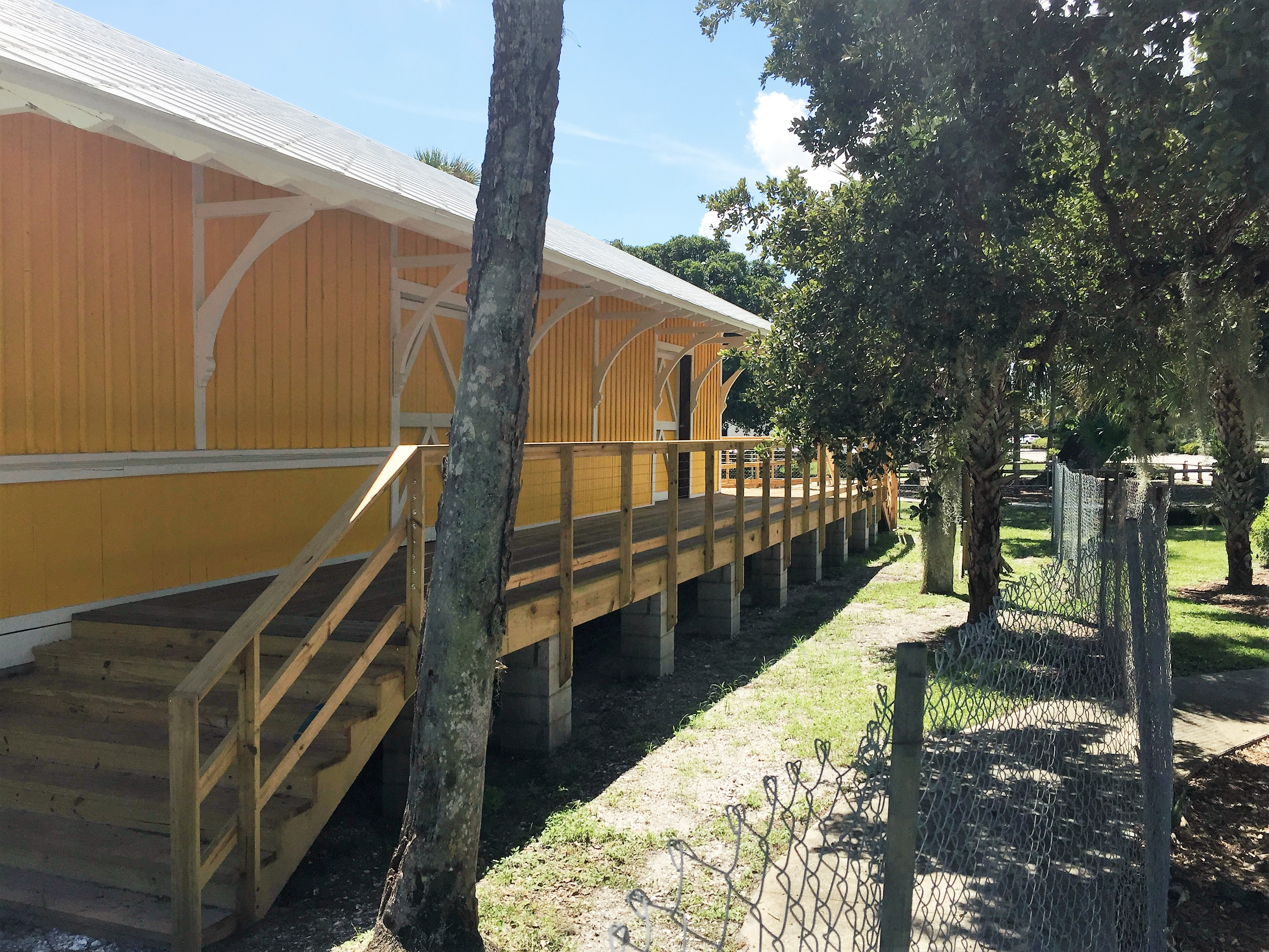 The depot served the public well for many years!! When it was closed in the mid-1960s, it was moved to become a private residence in Tequesta.