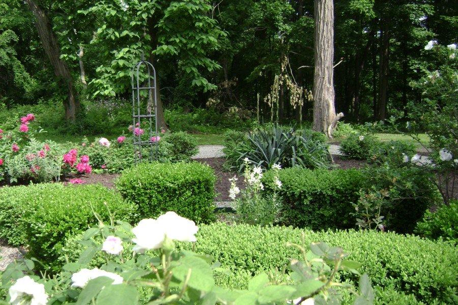 Mount Gulian's garden