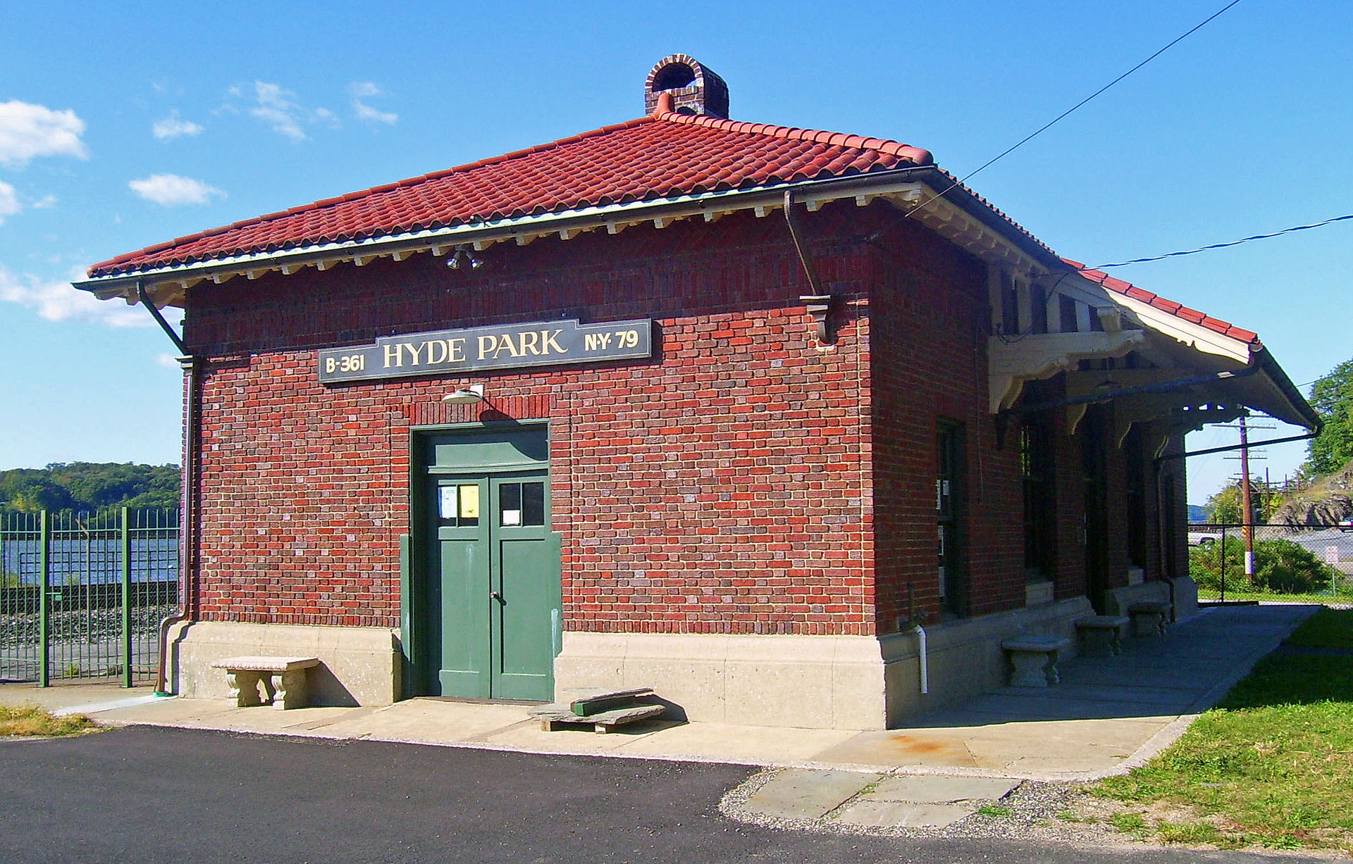The Hyde Park Railroad Station