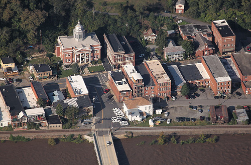Ariel view of the Marshall Courthouse
