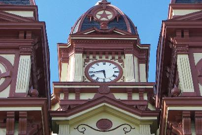 The courthouse clock has four faces, allowing anyone in the courthouse square to see the clock