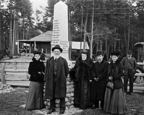 Denny Family Survivors and the Memorial