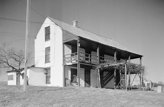 The Kennedy farmhouse in 1965, prior to restoration.