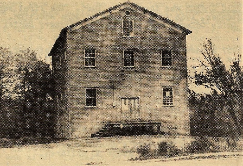 Unnamed mill picture in Tornado Remembers, possibly Roman Pickens Mill, pg. 18.
