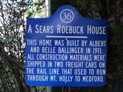 Photograph of the Sears Roebuck House historical marker.