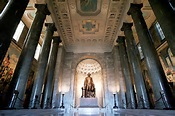 Interior view of the The George Washington Masonic National Memorial.