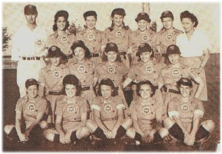 Kenosha Comets team picture, circa 1943