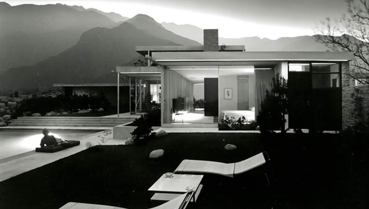 Julius Shulman Photo of the Kaufmann House, Late 1940s