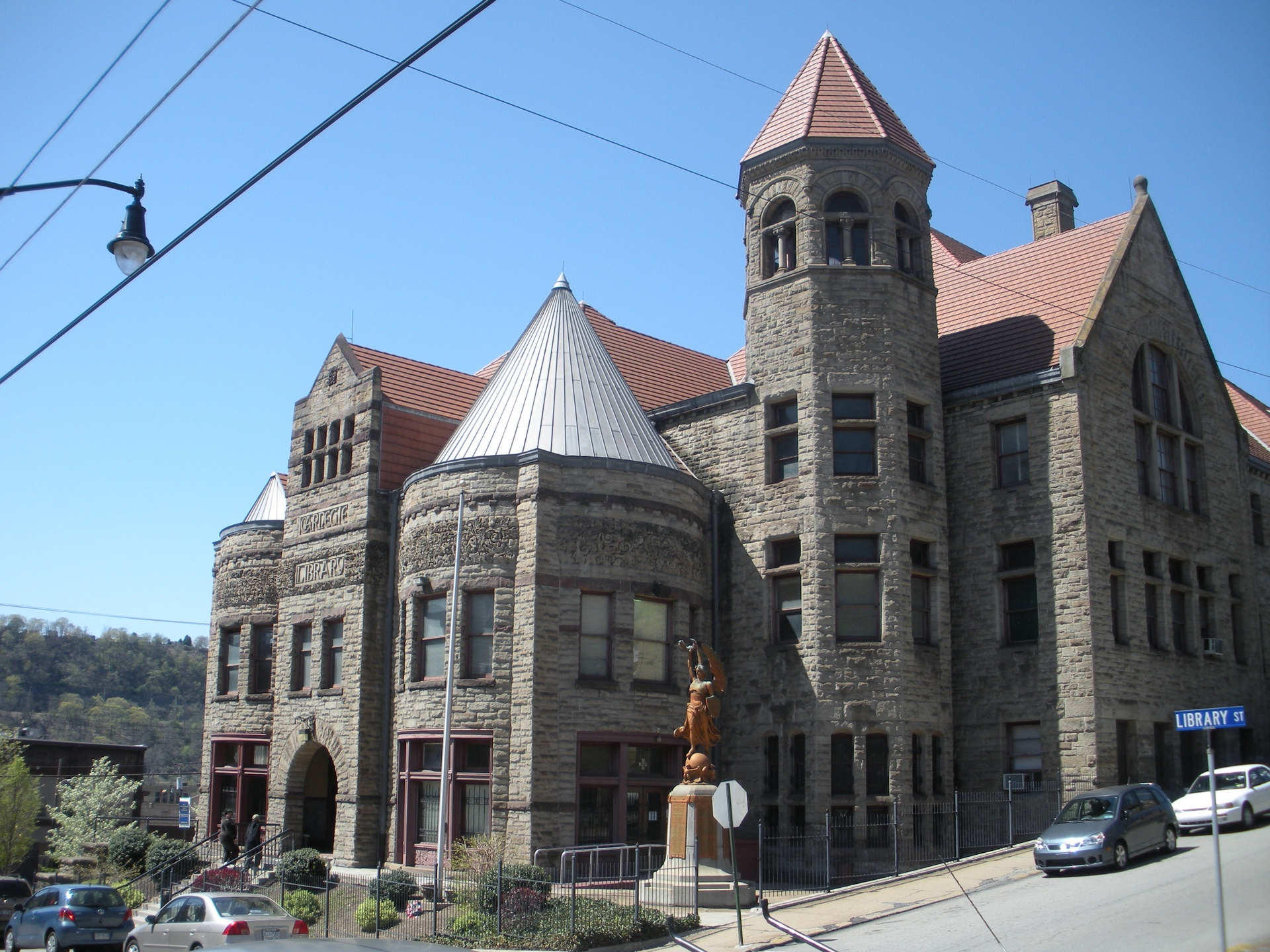 The Braddock Carnegie Library