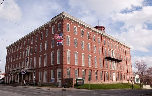 The hotel later became the St. Joseph Female College and a garment factory that operated until the 1950s.