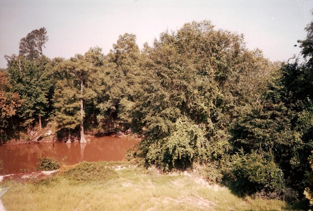 Deserter's Den Lake