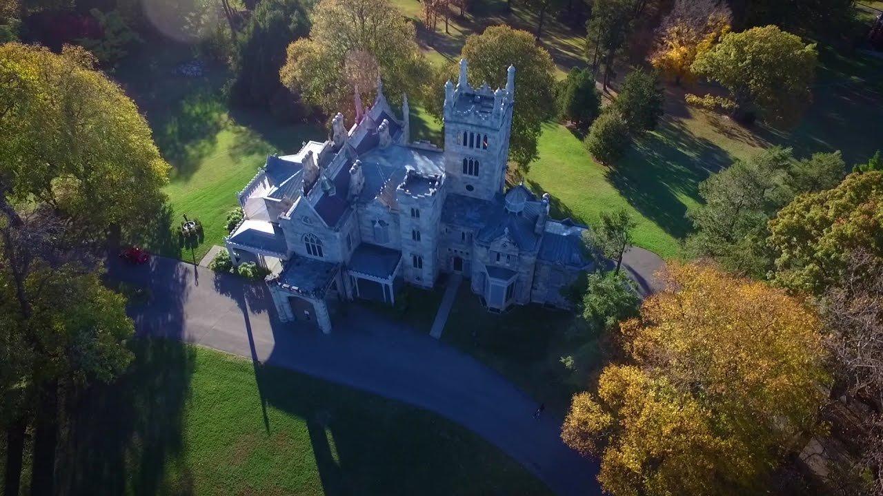 Lyndhurst Mansion, aerial view