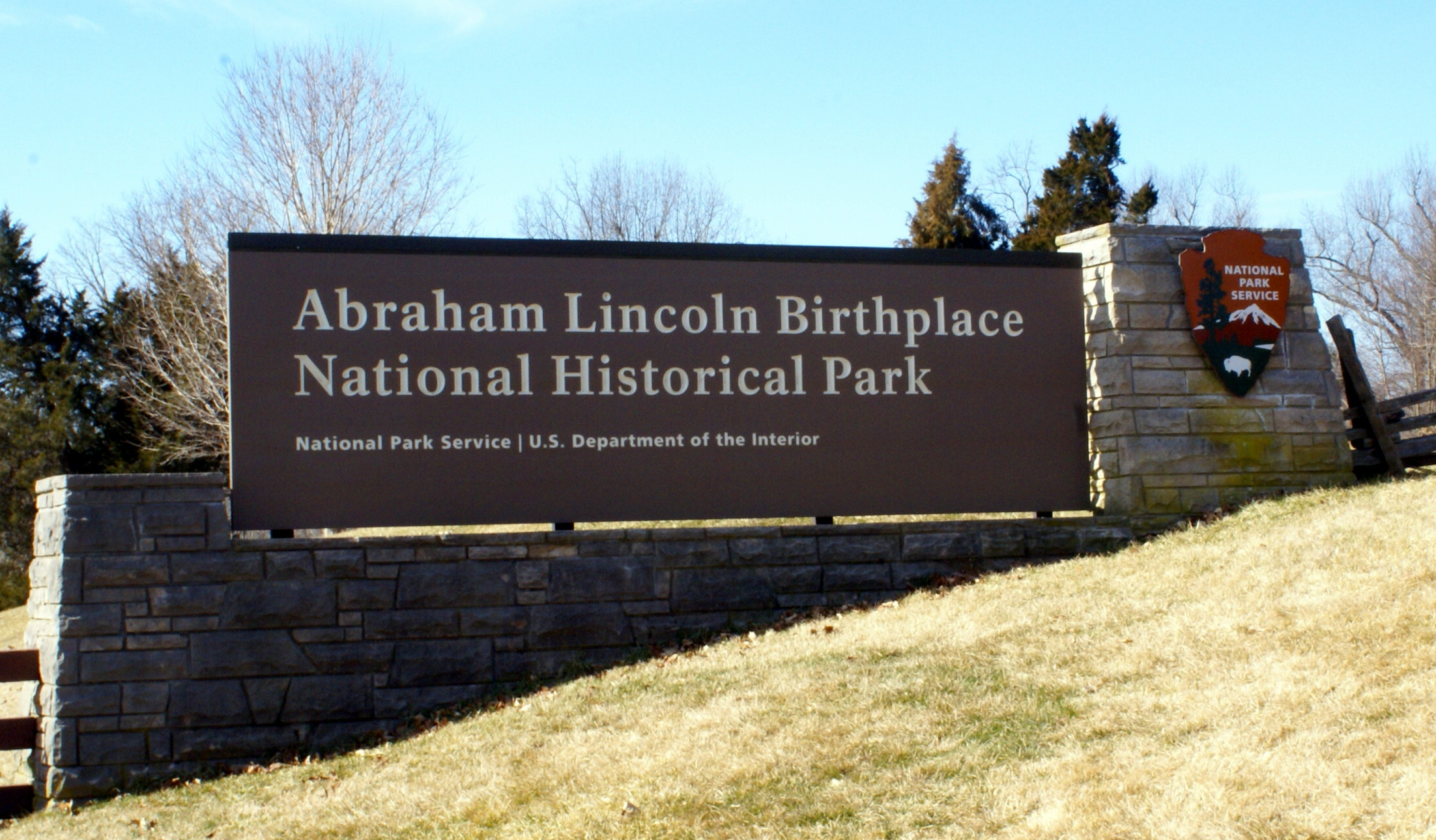 Abraham Lincoln Birthplace National Historic Park entry sign