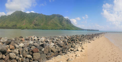 Shorter and more narrow, the 500 foot stonewall still hugs the Huilua Fishpond today.  Photo courtesy of Nate Yuen.