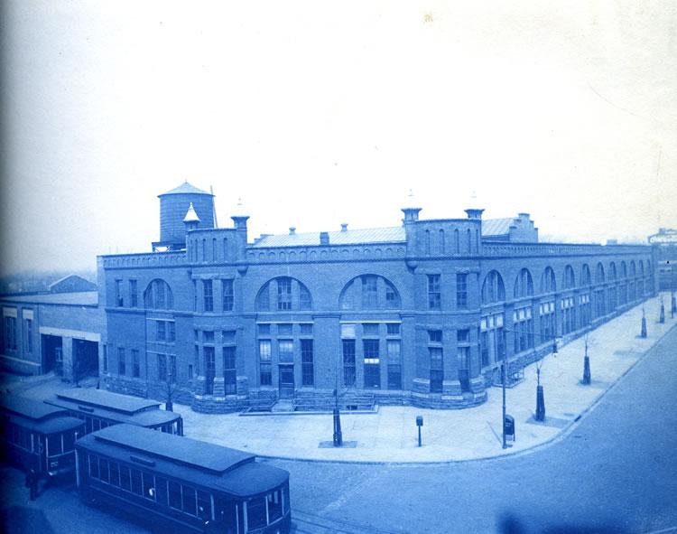 Window, Palace, Mixed-use, Public transport