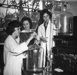 Converse College science lab during the 1960s. Courtesy of Converse College