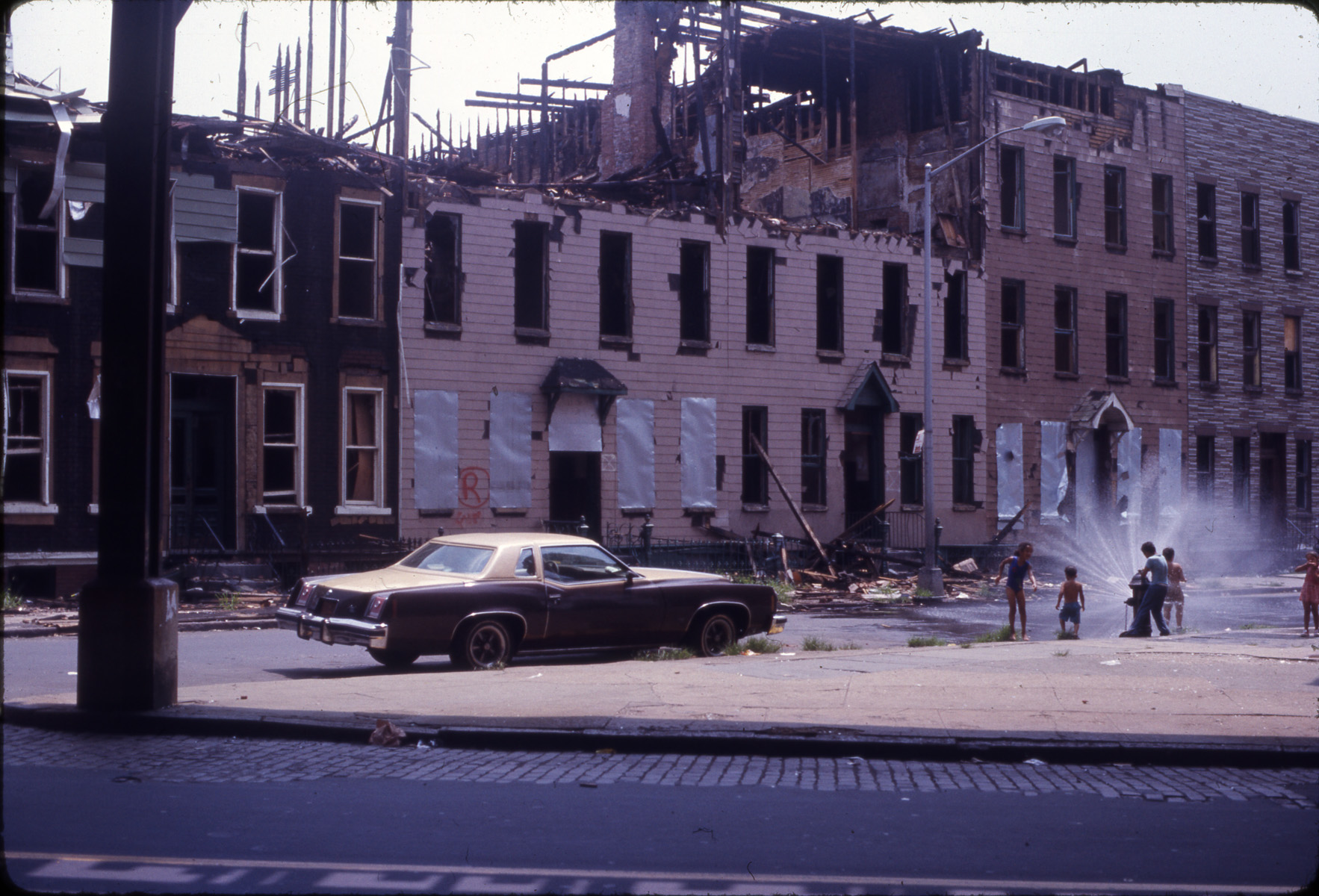 Bushwick in the aftermath of the blackout. Brooklyn Historical Society.