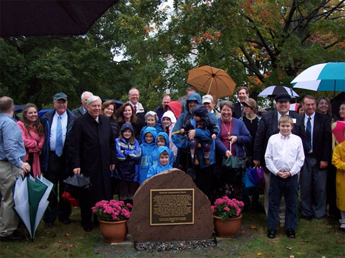 Descendants of the Smith family, the Rossano's and LDS Apostle M. Russell Ballard after marker dedication