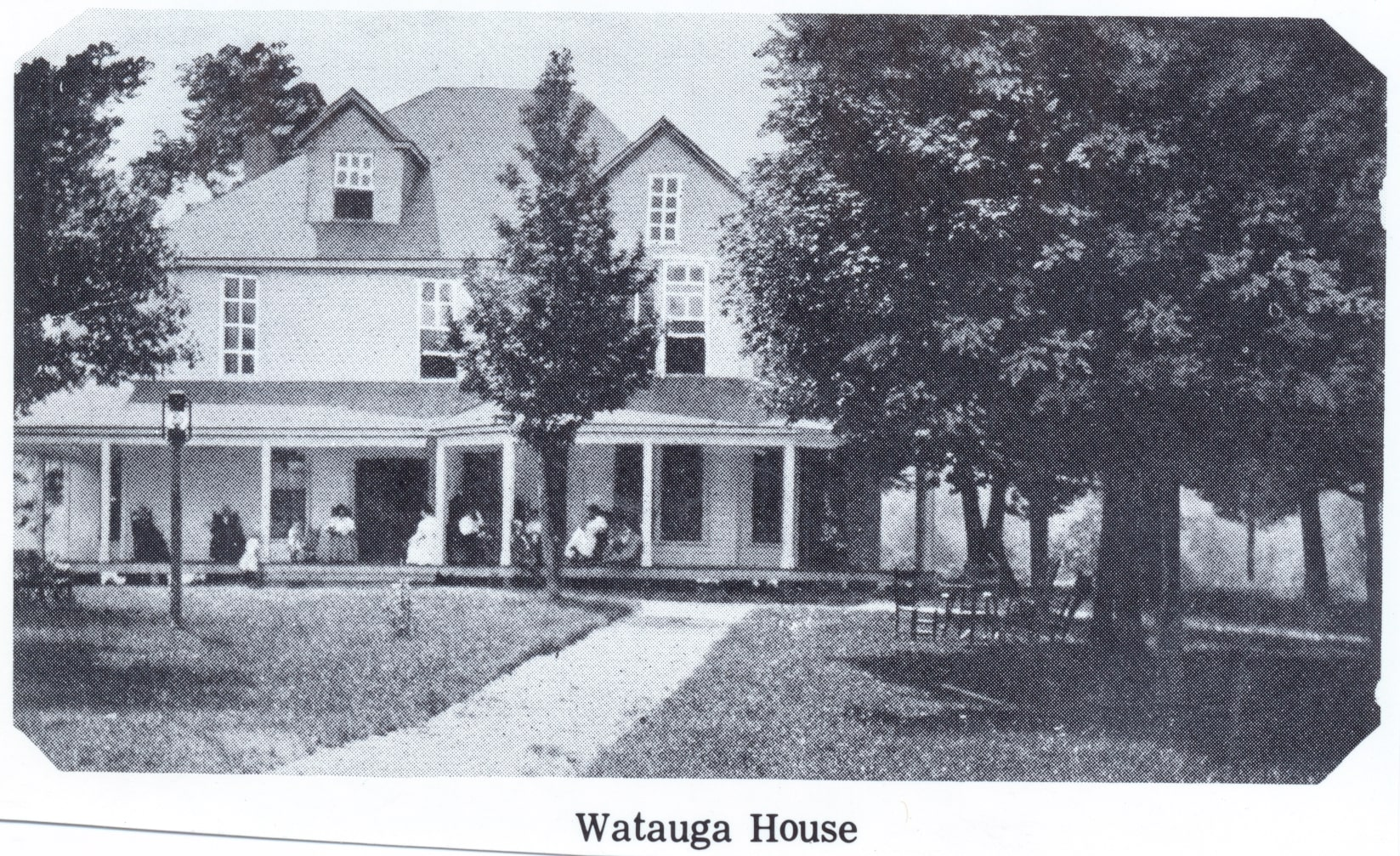 The Watauga Inn after the 1905 rebuild.
