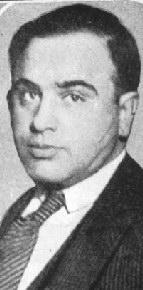 Young Al Capone with his trademark scars